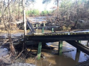 bridge damaged 01202016