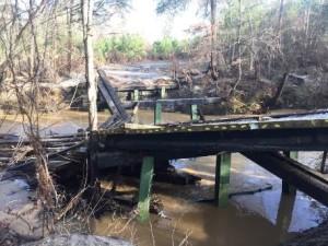 bridge damaged 01202016